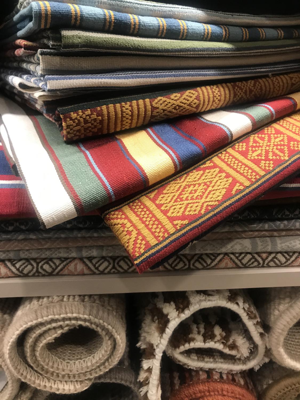 Cotanda, antigüedades y telas exquisitas